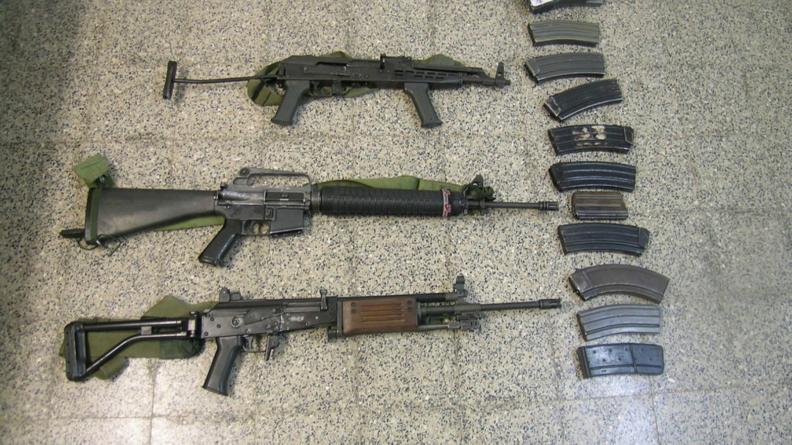 Israel Defense Forces - Militant in Possession of Explosives and Multiple Guns
